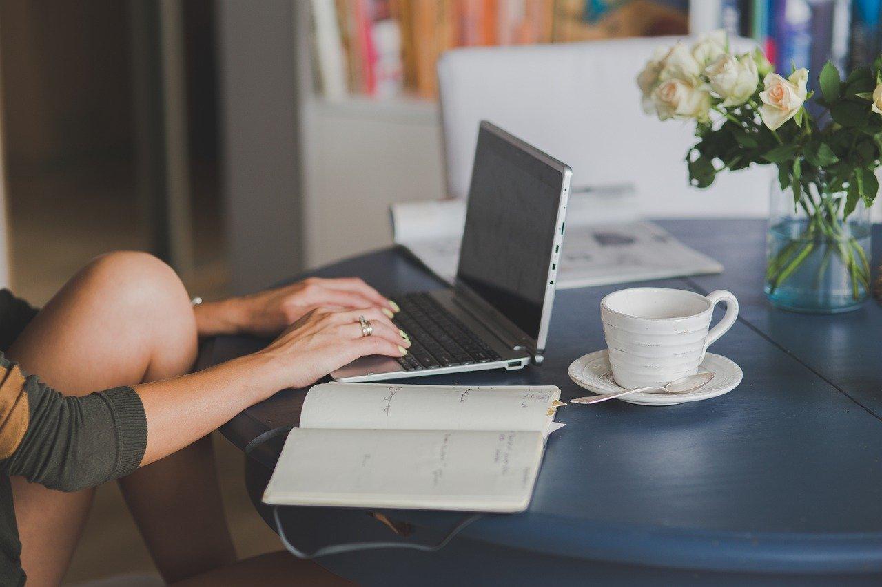Volite li pisati? Ovo su prednosti blogginga