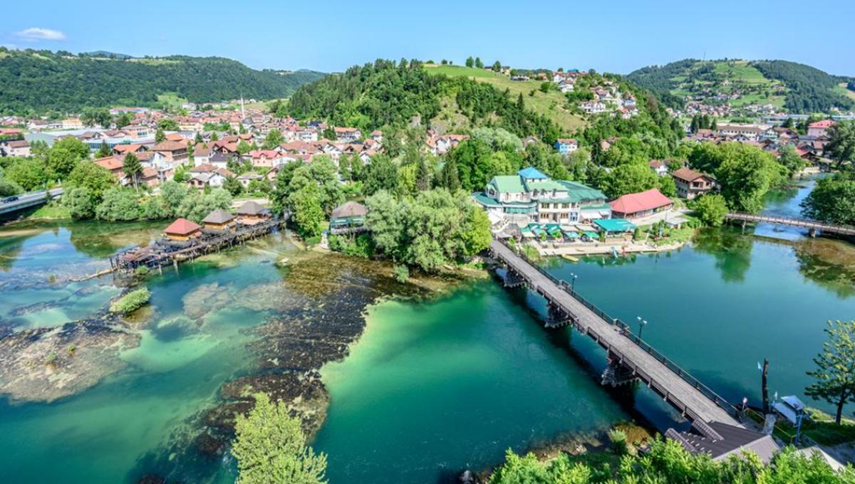 Bosanska Krupa: Konkurs za dodjelu stipendija redovnim studentima u akademskoj 2020/2021. godini
