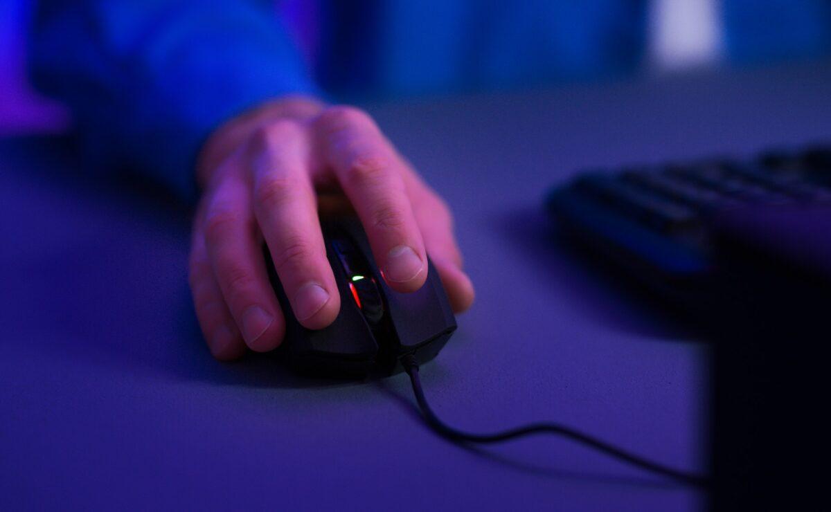 Nakon godinu dana online studija: Znate li koliko ste kilometara mišem prešli dosad?