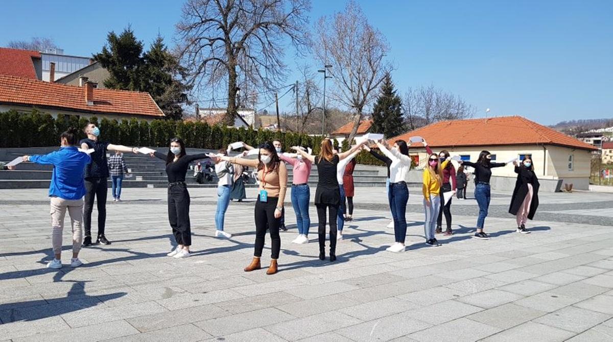 """Studenti u Tuzli izveli radionicu u okviru projekta """"Sedmica svijesti o mozgu"""""""