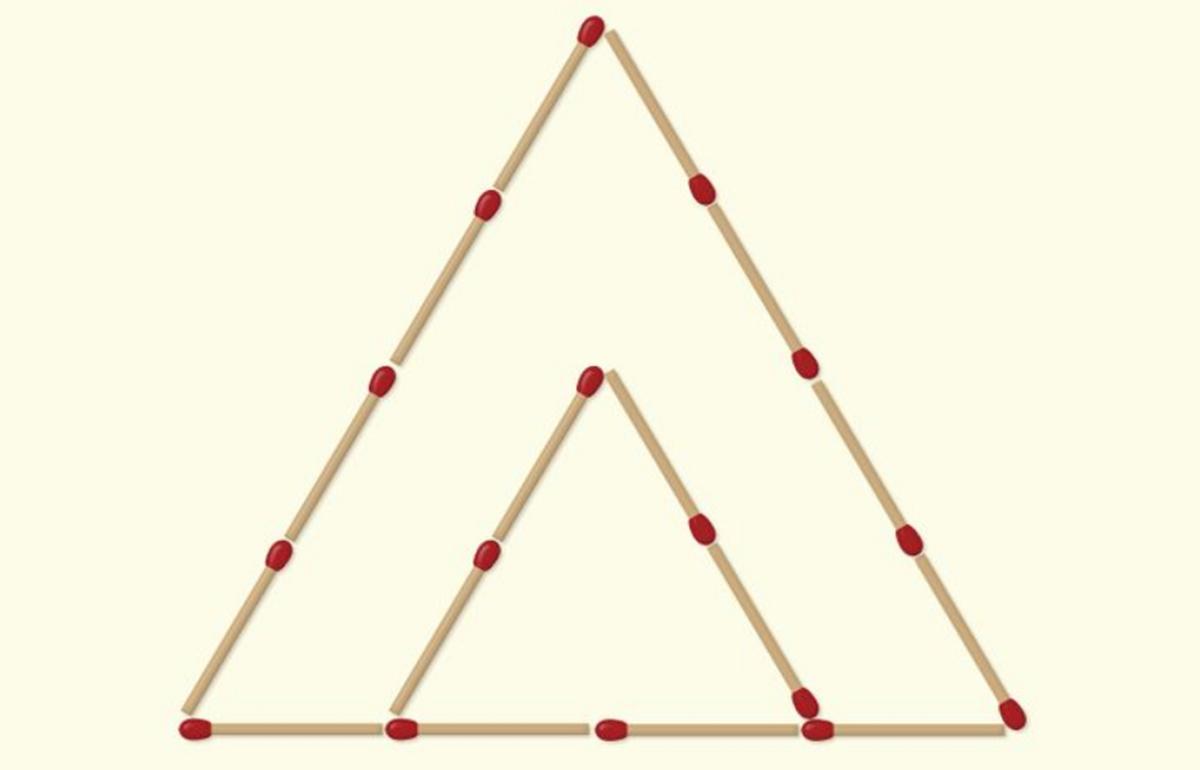 Mozgalica: Pomjerite dvije šibice tako da dobijete tri trougla