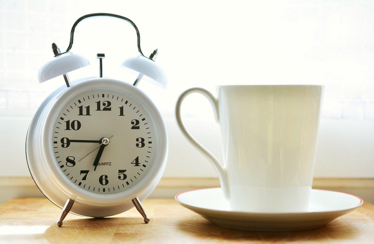 Ko rano rani: Kako i zašto se buditi rano ujutro?