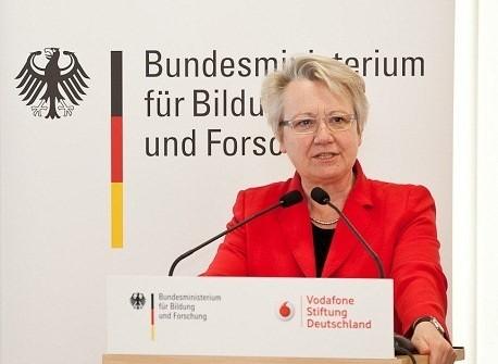 Njemačkoj ministrici obrazovanja oduzeta doktorska titula