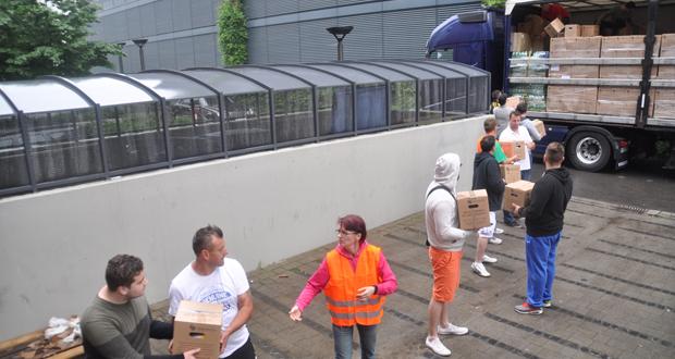 Berlin: Kamion s 25 tona prikupljene pomoći krenuo za BiH