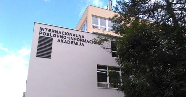 """IPI Akademija Tuzla: Održano stručno predavanje na temu """"Informacijske tehnologije i profesionalna etika"""""""