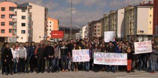 Mladi u Istočnom Sarajevu mirnom šetnjom protiv govora mržnje na internetu