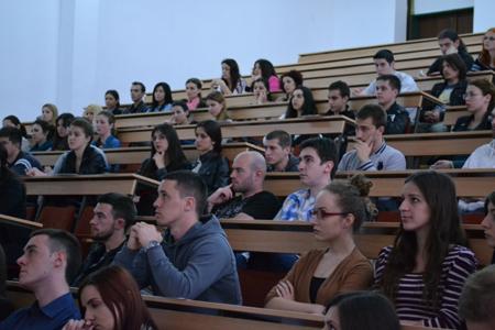 Studenti zainteresovani za volontiranje u AIESEC-u