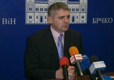 Gradonačelnik Brčkog naredio provjere diploma svih zaposlenih u javnoj upravi
