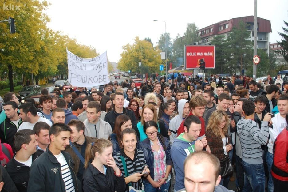 Studenti jučer nakon plenuma blokirali saobraćaj u Banjaluci