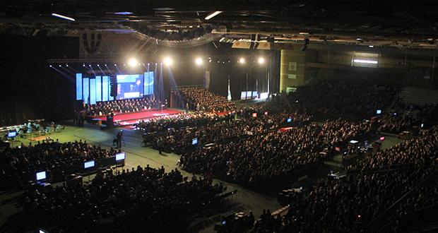 Više od 5.000 diplomanata i magistranata UNSA okitilo se diplomama i priznanjima