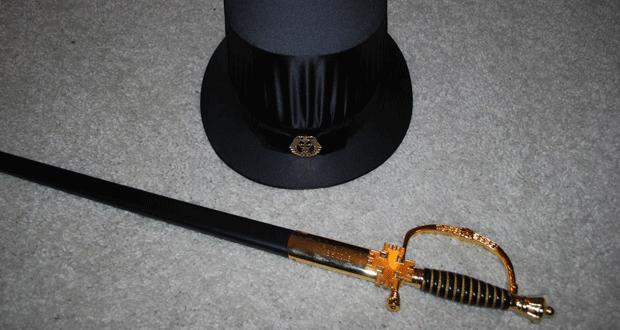 Ako završite doktorat u Finskoj, dobit ćete šešir sa zlatnim amblemom i mač