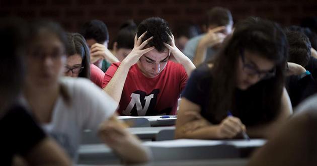 Duplo više nezaposlenih sa završenim fakultetom