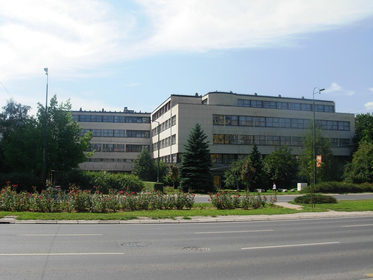 Filozofski fakultet UNSA kažnjen zbog nepoštivanja preporuke ombudsmana