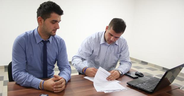 AIESEC BiH i STUDOMAT potpisali ugovor o generalnom medijskom partnerstvu