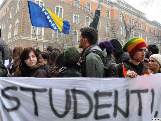 Studenti – posmatrači ili pokretači?