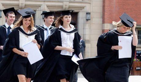 SAD: Zašto su žene brojnije na univerzitetima?